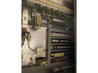 Frezarka DMG DMU 200 P-10