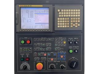 Tokarka Hwacheon Hi-Tech 300 SMC-9
